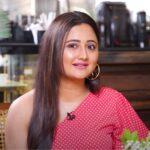 Rashmi Desai Featured Photo